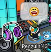 Club Penguin-Headphones Pin